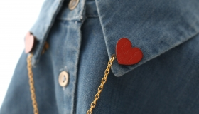Heart Collar brooch