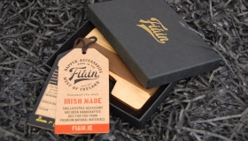 FIAIN_WOODEN_CARD_WALLET