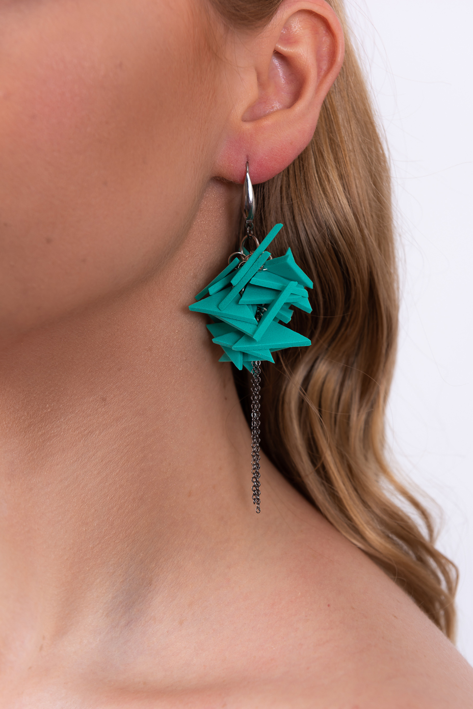Triangles Drop Earrings With Chain_Turquoise_03