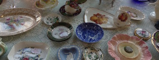 Vintage Power Antiques and Collectables stall at the Dublin Flea Christmas Market